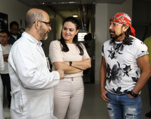 Bell Marques realiza show beneficente em prol de hospital na Bahia